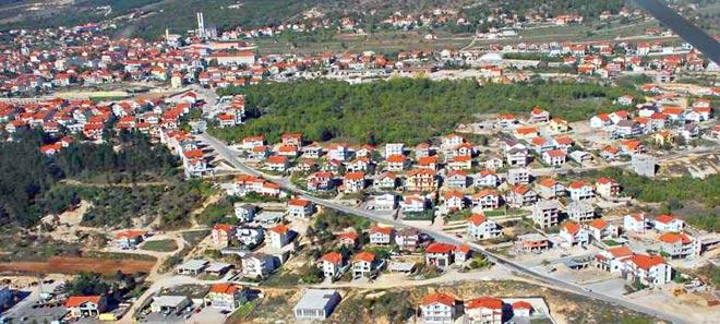 Općina i naselje Posušje smješteni su na sjeverozapadnom dijelu