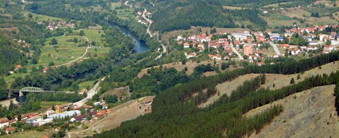 http://www.visitmycountry.net/bosnia_herzegovina/bh/images/stories/destinacije/rs/rudo/rudo_001.jpg